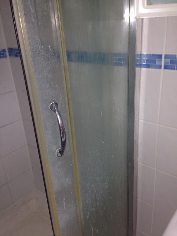 shower screen before cleaning
